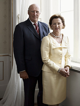 King And Queen Of Norway http://augnet.augsburg.edu/news-archives/2011/10_10_11/kingqueennorway.html